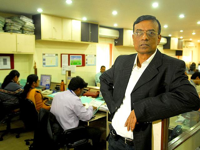 Bandhan Bank has metamorphosed from Bandhan Financial Services that Chandra Sekhar Ghosh launched in November 2001 for providing finance to small and marginal women entrepreneurs (HT Photo)