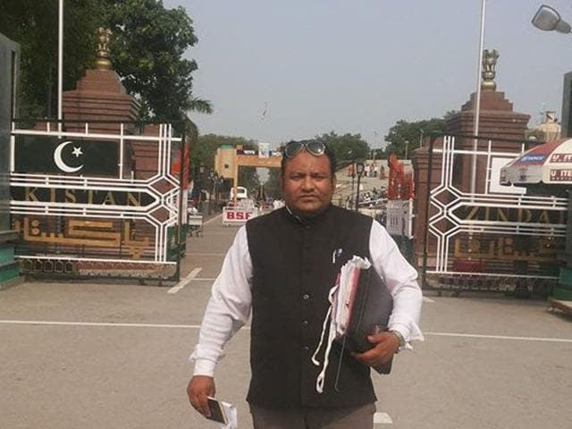 Panipat-based lawyer Momin Malik has gone to Pakistan to offer legal help to Geeta. HT Photo