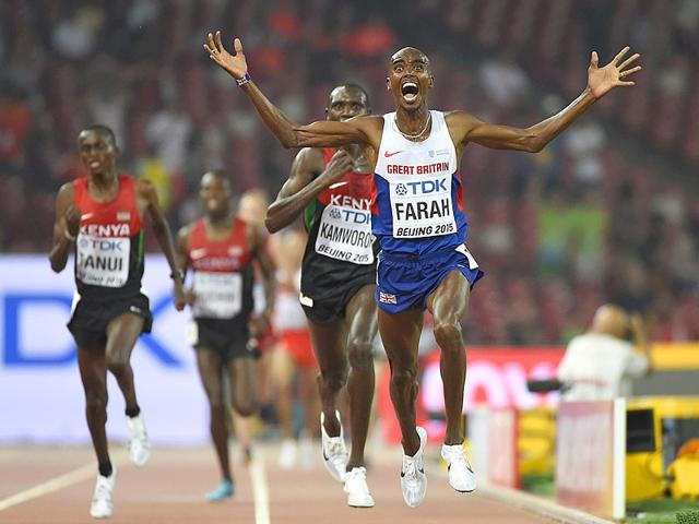 Britain's Mo Farah celebrates winning the final of the men's 10,000 metres athletics event at the 2015 IAAF World Championships at the
