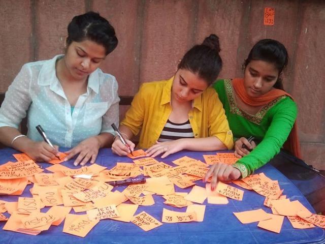 Sangeeta Kumar (left) with other PUSU members