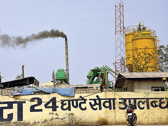 The urgent need to act in limiting carbon emissions to ensure that global temperatures do not rise beyond two degree Celsius is no longer debatable. (Dijeshwar Singh/HT Photo)