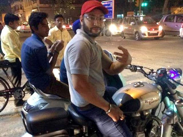 Jasleen Kaur posted this picture of a man who was allegedly molesting her  in New Delhi   Picture credit  Twitter  Hindustan Times