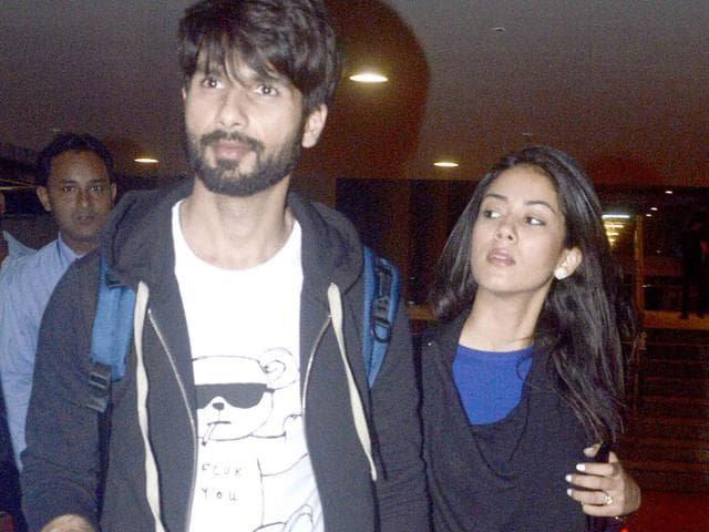 Shahid Kapoor and wife Mira Rajput at Mumbai airport. (Photo: Yogen Shah)
