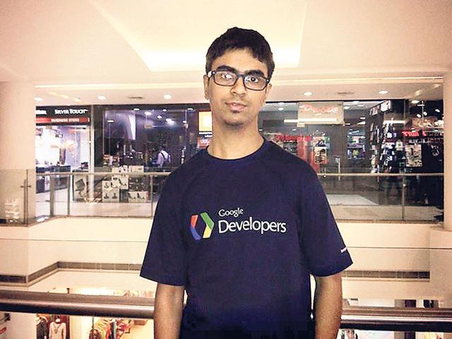 Bhopal teenager Harsh Songra earned praise from Sheryl Sandberg for developing a mobile phone application that helps parents detect disorders in their newborns. (HT Photo)