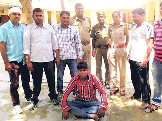 A team of Alwar police arrested Aslam from Ferozpur Jhirka in Mewat district of Haryana on Monday night. (HT Photo)