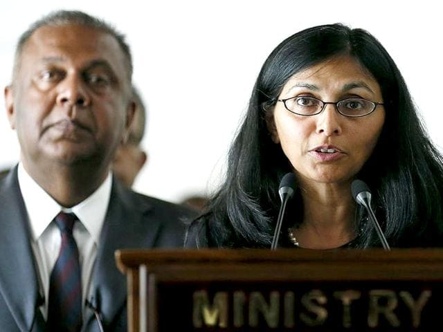 Nisha Biswal (R), U.S. assistant secretary of state for South and Central Asian Affairs, speaks to media next to Sri Lanka's minister of foreign affairs Mangala Samaraweera during their meeting in Colombo (Reuters Photo)