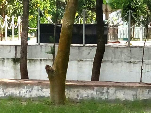The BP Mandal smarak at Muroh in Madhepura. (HT Photo)