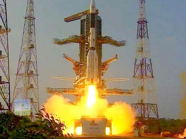 GSLV-D6, an advanced communication satellite, was launched from the Second Launch Pad at Satish Dhawan Space Centre SHAR (SDSC SHAR), Sriharikota. (Image via Twitter, @isro)
