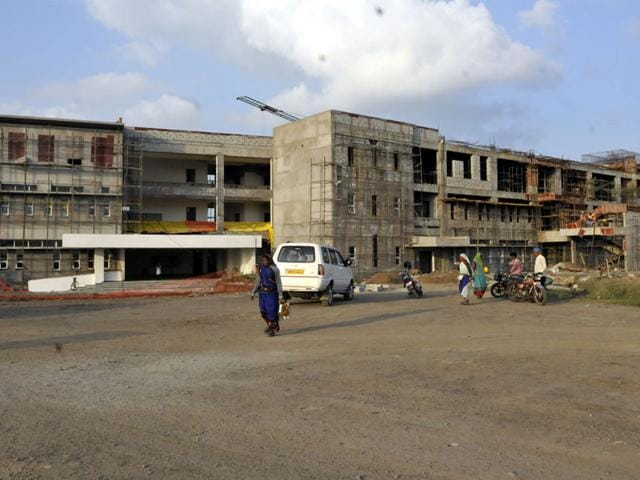Construction at IIT Simrol campus has been on since 2009, forcing students to shuttle between three campuses. (Arun Mondhe/HT photo)