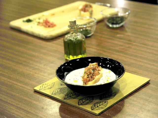 HT48Hours,FoodArt,Garlic