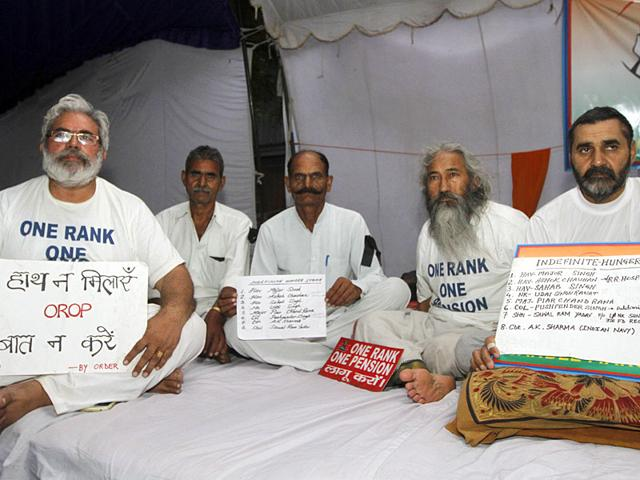 RSS tells govt to resolve OROP, wants panel formed to end row