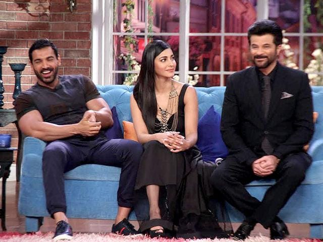 John Abraham, Anil Kapoor and Shruti Haasan promote Welcome Back on Comedy Nights with Kapil.