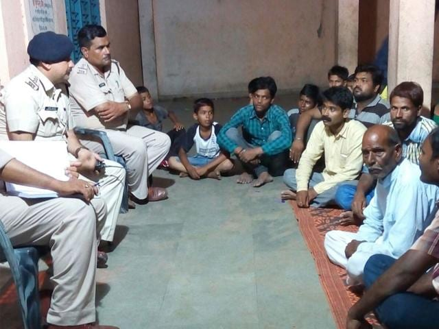 police hold public meetings,police rapport with public,Jan Samvad