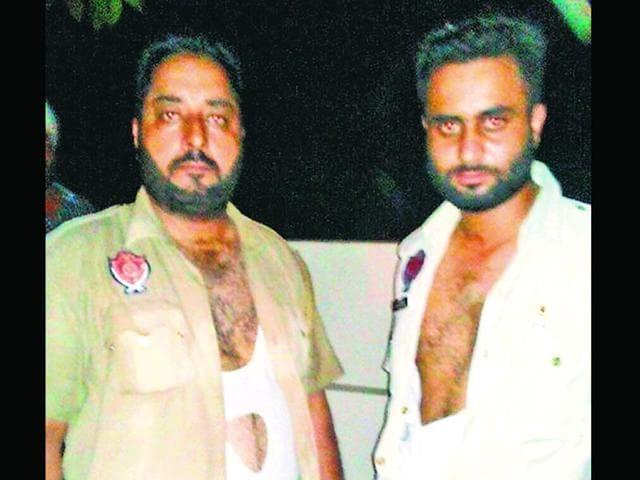 Batala cops,Akali,Qila Lal Singh