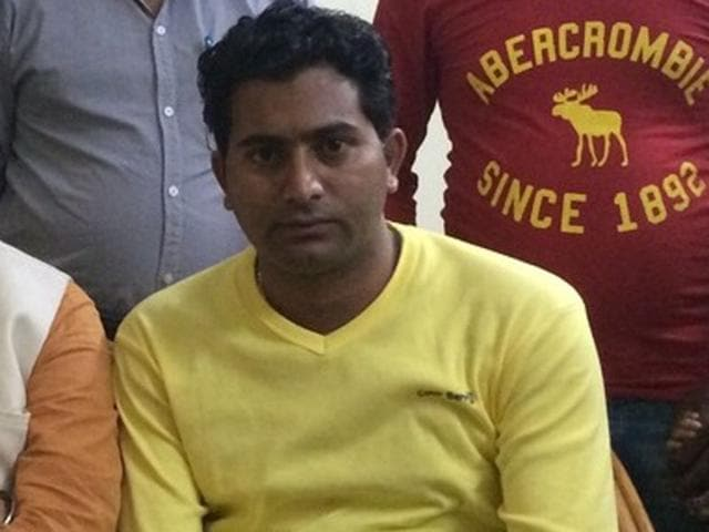 Jarnail Singh alias Judge Nimana, president of BJP minority cell (rural), Ferozepur, arrested with three others with three kg opium and 190 kg poppy husk in Rajasthan.