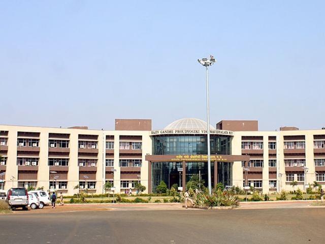 A majority of engineering colleges in MP are affiliated to Rajiv Gandhi Proudyogiki Vishwavidyalaya (above). (HT file)