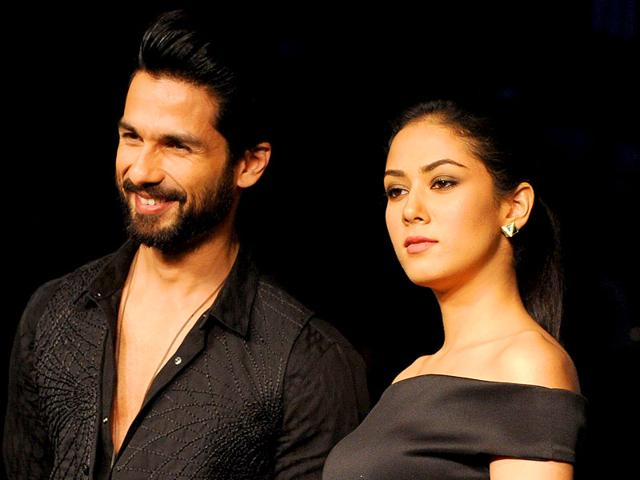 Shahid Kapoor and his wife Mira Rajput made a grand appearance at fashion desginer Masaba Gupta's latest show in Mumbai at the Lakme Fashion Week. (AFP Photo)