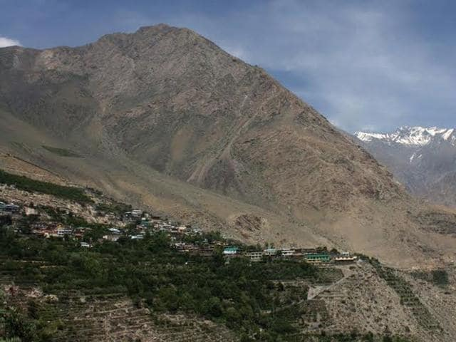 Move aimed at ensuring uninterrupted cellular communication that often is disturbed due to erratic power supply in the Kinnaur and Lahaul-Spiti districts. (HT Photo)