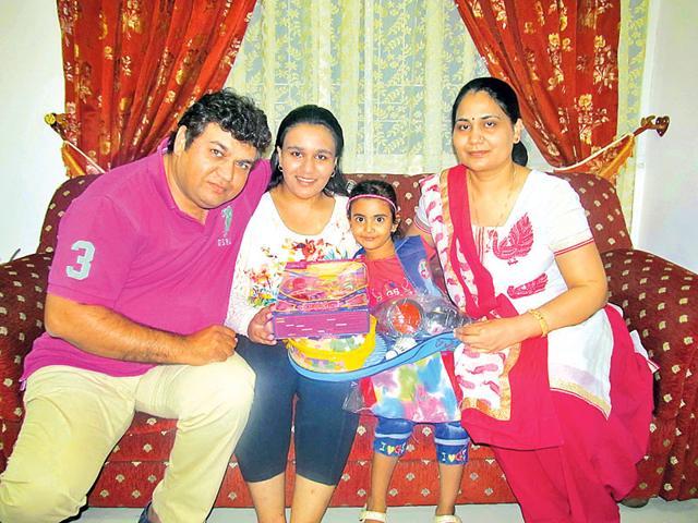 Moomal Kanwar Tanwar and Gunjan Maru, who were adopted by Dr Vikram Singh Tanwar and Dr Suman Kanwar Tanwar. (HT Photo)
