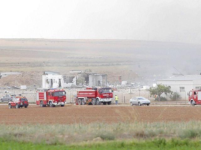 Spanish fireworks factory,Blasts