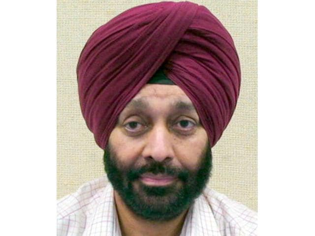 Retired IAS officer Mandeep Singh. (HT Photo)