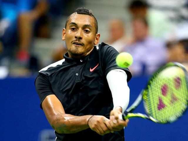 Nick Kyrgios of Australia plays a shot during his first round match against Andy Murray at the 2015 US Open in New York on September 1, 2015. (AFP Photo)