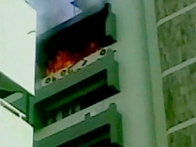 A fire broke out at RBI tower in BKC Bandra, Mumbai on Friday morning. (Image via Twitter, @ANI_news)