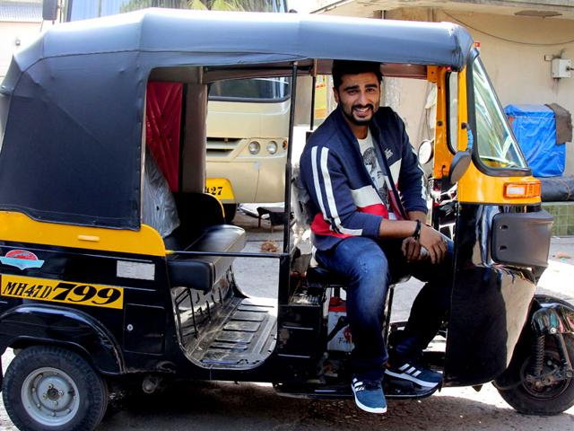 Arjun Kapoor spotted shooting for a commercial in Mumbai on September 4, 2015. (AFP Photo)