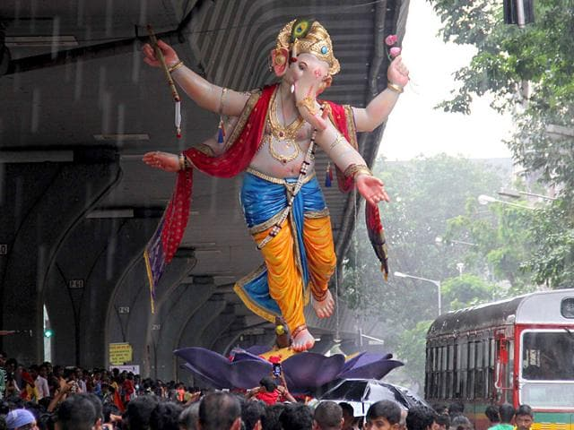 Devotees carry Ganesh idol ahead of Ganesh Chaturthi festival in Mumbai. (Photo: Bhushan Koyande)