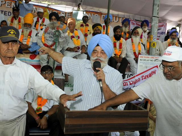 OROP protests,Manohar Parrikar,OROP agitation