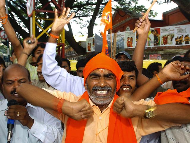 MM Kalburgi's murder is the latest in a series of violent events perpetrated by fundamentalists in coastal Karnataka, where all the major communities are guilty of encouraging an atmosphere of intolerance. In this photo, Bajrang Dal activists shout slogans during a protest rally in Bangalore against the terrorist attack inside the makeshift temple in Ayodhya in 2005. (AFP Photo)