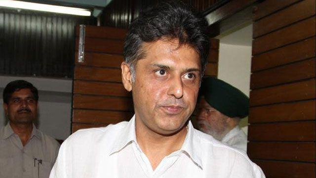 Senior Congress leader and former Union minister Manish Tewari took a dig at VK Singh.. (HT Photo)