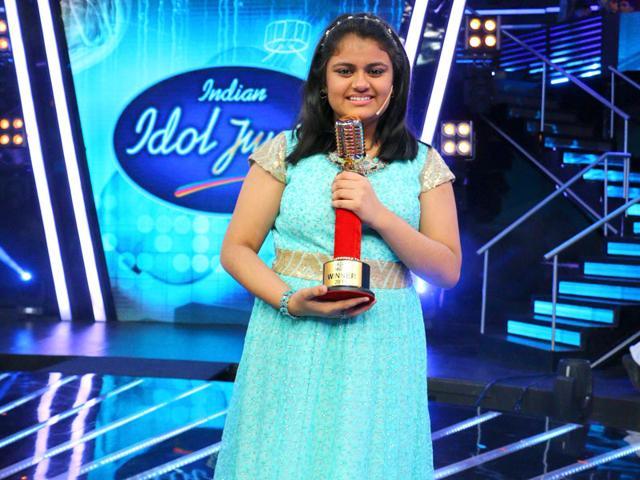 Indian Idol Junior 2 winner Ananya Sritam Nanda hugs co-contestants Nahid Afrin and Nithyashree Venkataramanan at the grand finale of the show on Sunday, Sept 6.