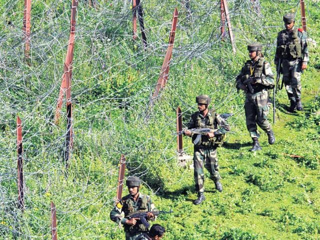 Indian-army-soldiers-patrol-near-the-line-of-control-after-a-reported-cease-fire-violation-in-Mendhar-Poonch-district-about-210-kilometers-131-miles-from-Jammu-AP-Photo