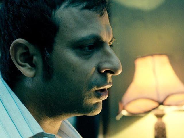 Actor Joy Sengupta has starred in films like Chaturanga, Jara Brishtite Bhijechilo and Govind Nihalani's Hazaar Chaurasi Ki Maa. Joy Sengupta in a still from Bengali film Teen Kahan.