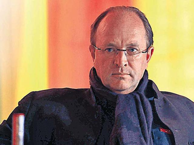 Author William Dalrymple was on the AI flight that made an emergency landing in Delhi on Monday night. (HT file photo)
