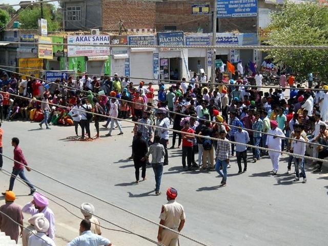 talwandi sabo,protest,clash