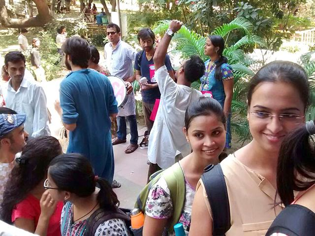 File photo of Jawaharlal Nehru University students casting their vote in the students' body polls inside the JNU campus in New Delhi. (Sanjeev Verma/HT Photo)