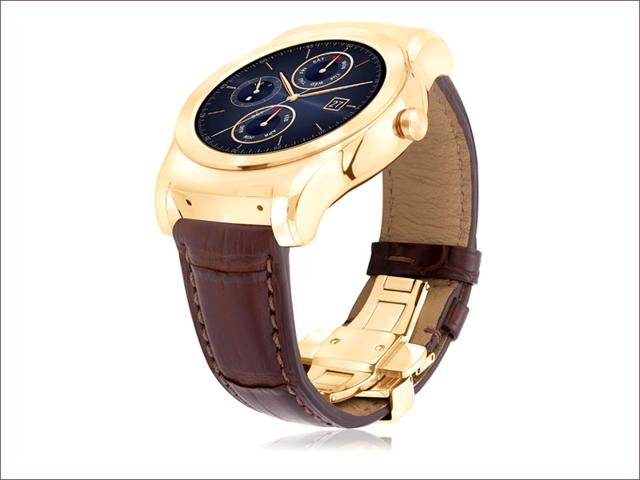 LG Watch Urbane Luxe, with Google's new iOS app, brings Android Wear compatibility to the iPhone for the first time.