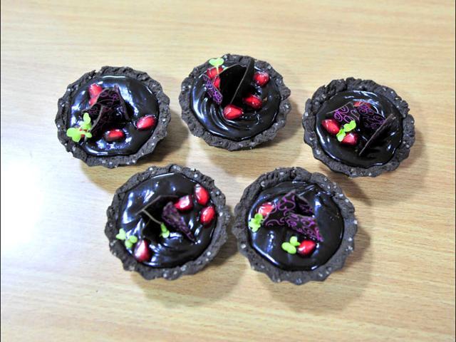 Sugar rush: Chef Varun Inamdar's step-by-step chocolate tart recipe