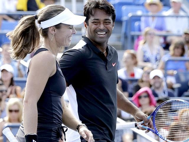 Martina Hingis, left, and Leander Paes during the mixed doubles final of the 2015 US Open, against Americans Bethanie Mattek-Sands and Sam Querrey, at the USTA National Tennis Center in New York, on September 11, 2015. (AP Photo)