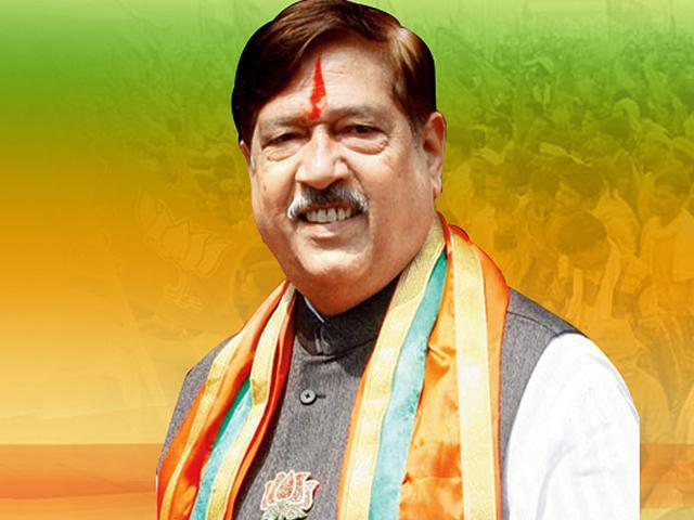 Girish Bapat, a senior BJP functionary and food and civil supplies minister in Maharashtra government. (Photo source: Girish Bapat.org)