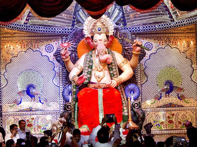 Ganesh mandal,Lalbaugcha Raja,Behind the scenes