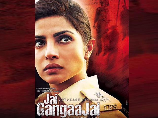 Priyanka Chopra is back as police officer Abha Mathur in Jai Gangaajal who takes on some influential and powerful people. (@Priyanka/Twitter)