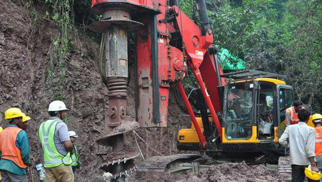 The mammoth machine drilled 35m into the Bilaspur tunnel in 24 hours until late Friday evening when it collapsed.