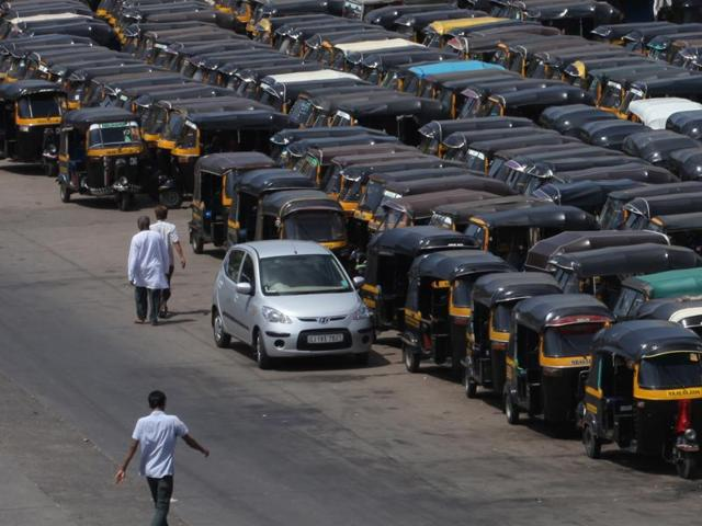 Shiv Sena,Diwakar Raote,Auto permits