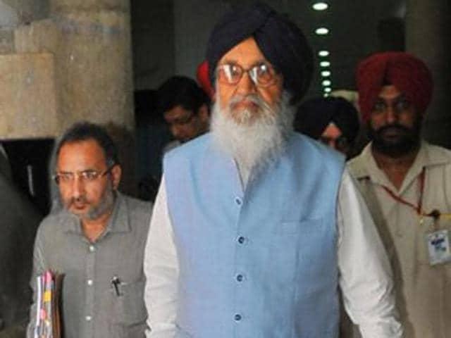 Punjab CM Parkash Singh Badal arrives for monsoon session at Punjab Vidhan Sabha in Chandigarh