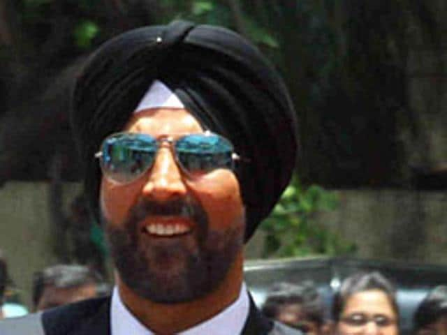 Akshay Kumar and Amy Jackson promote Singh Is Bliing.