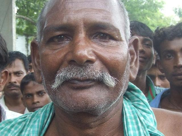 Ramjit Yadav of Dallapati village in Mirzapur district will be felicitated by the chief minister for his brave act.