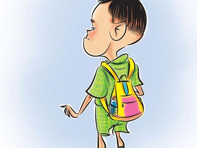 A report observed the average weight of bags is about 30% of the weight of students, the water bottle and tiffins occupy huge spaces, especially in urban cities like Mumbai.